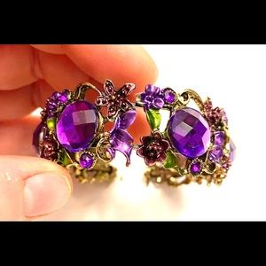 Jewelry - Purple gold rhinestone bracelet